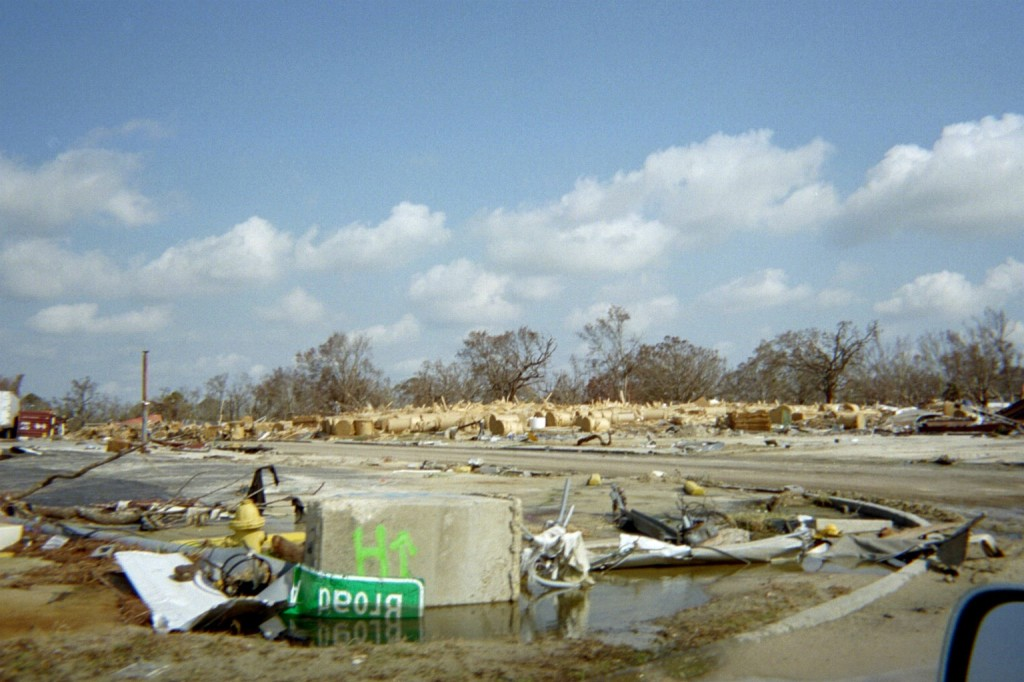 Intersection of US 90 and Broad Avenue after Hurricane Katrina / Slabbed New Media File Photo