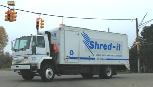 Shred-it_service_truck