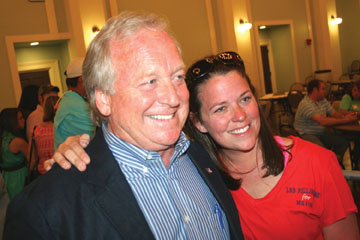Mayor Les Fillingame and his daughter Katie Stewart | Image via the Seacoast Echo